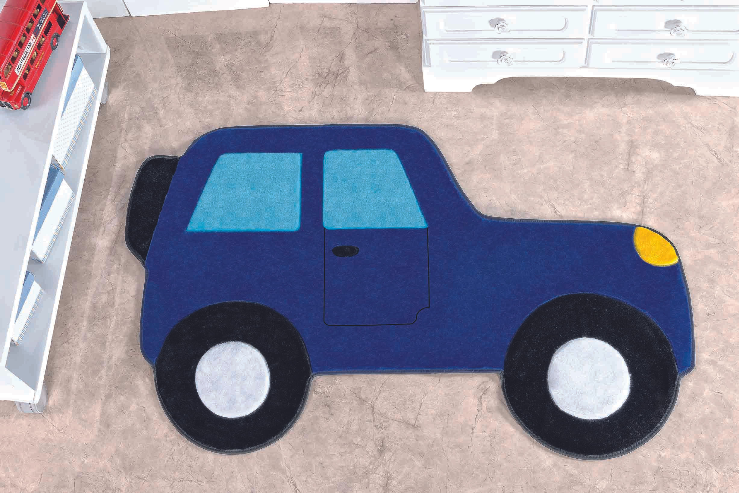 Tapete Premium Baby Carro Aventura 88cm x 62cm Azul Royal Guga Tapetes